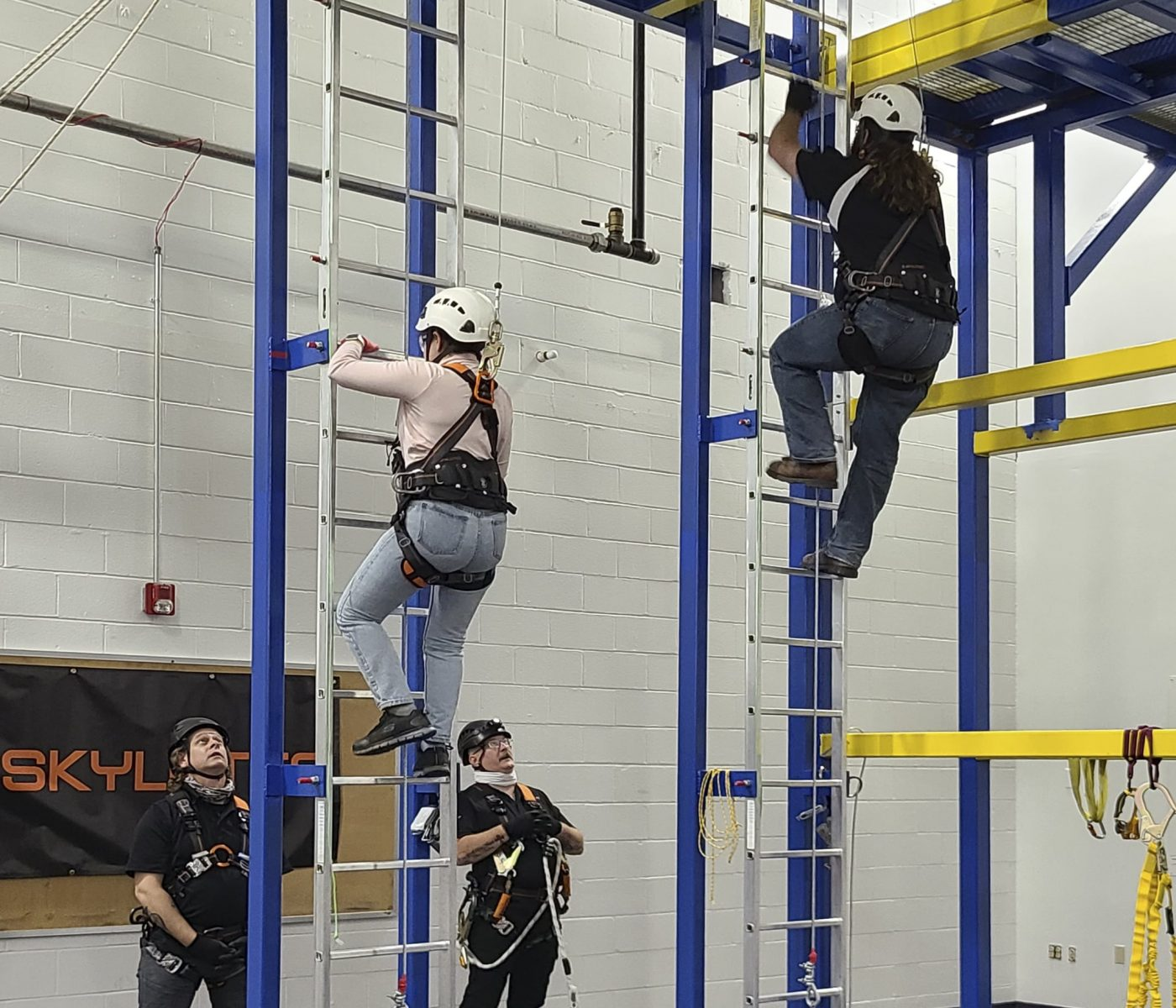Delegates on the working at height structure at ARCON's new gwo-approved training centre in the United States